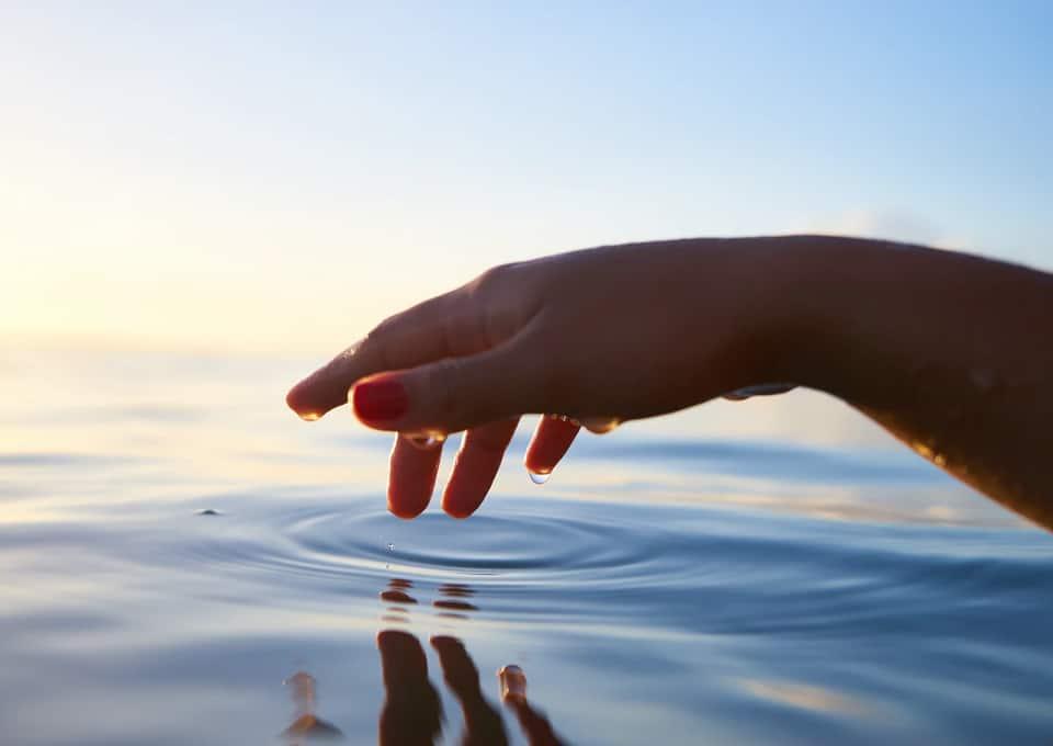 Dotykom dokážete odstrániť bolesť a stres, zvýšiť energiu a vyvážiť emócie